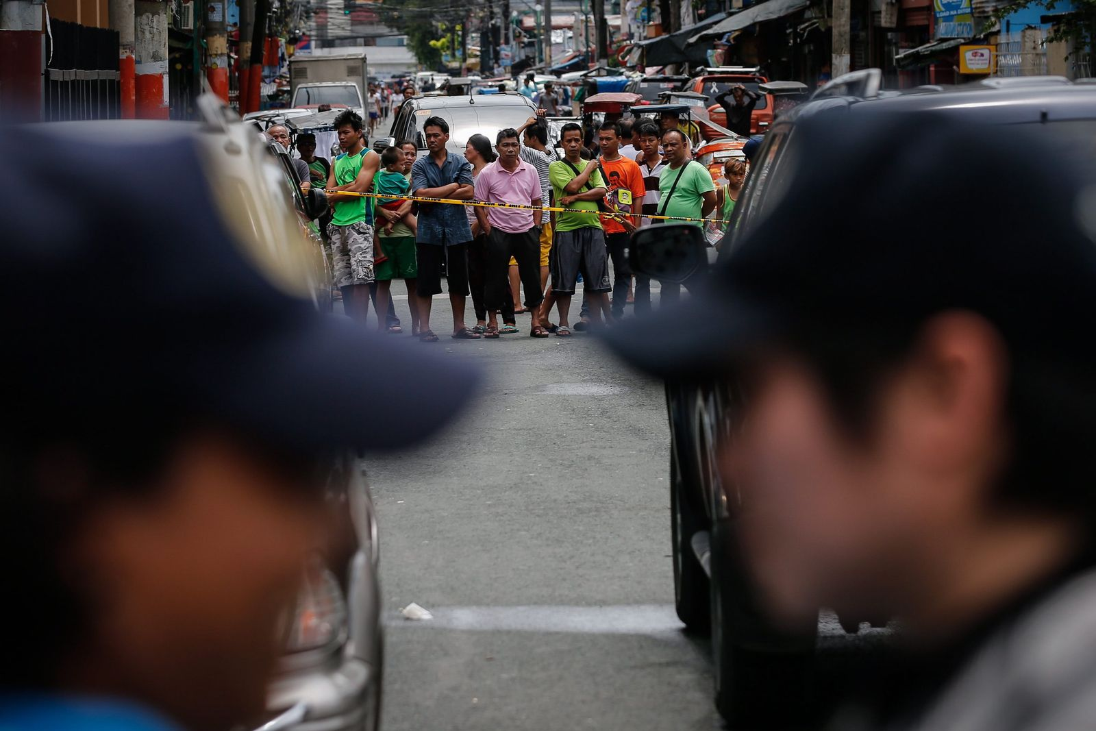 Philippinen / Drogentote / Schaulustige