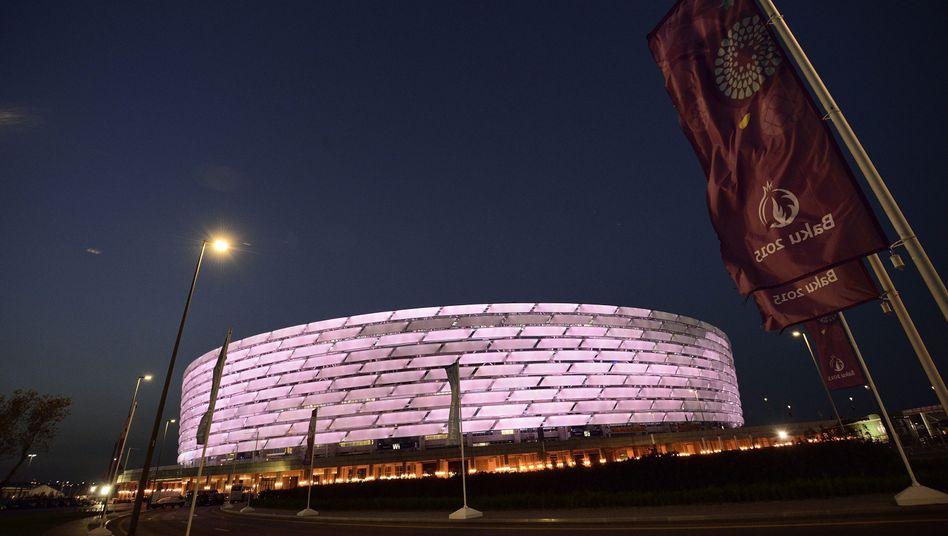 """Bakus Olympiastadion: """"Kritikfreie Zone rund um die Spiele"""""""