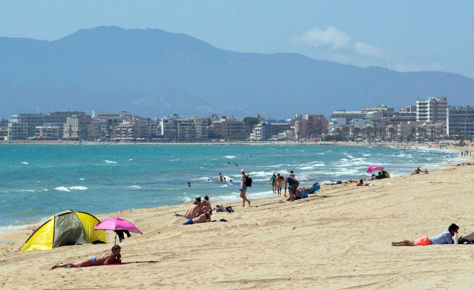 SPAIN-GERMANY-VIRUS-HEALTH-TOURISM