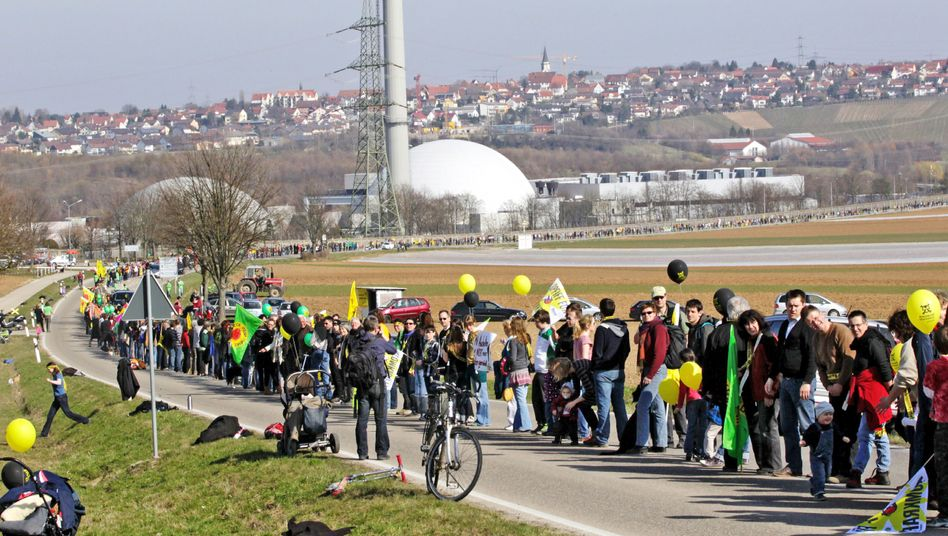 Protesters form a 45-kilometer human chain on Saturday between the Neckarwestheim nuclear power plant and the city of Stuttgart in southern Germany.