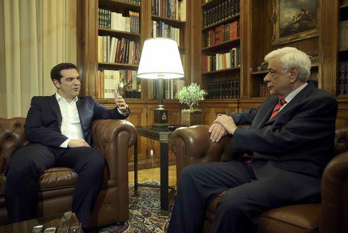 Tspiras (l) und Pavlopoulios bei einem Treffen in Athen