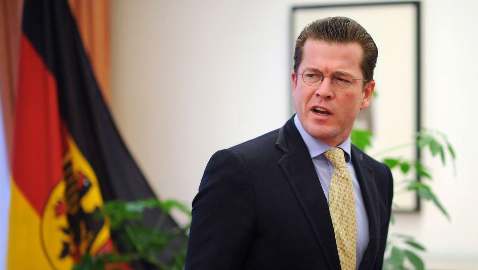 Verteidigungsminister zu Guttenberg: Abberufung per Handy