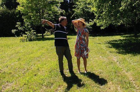 Gut behütet Von dem Augsburger Gärtner Walter Grünsch lernte Redakteurin Bettina Musall viel über urbane Gärten als sozialer Dünger.