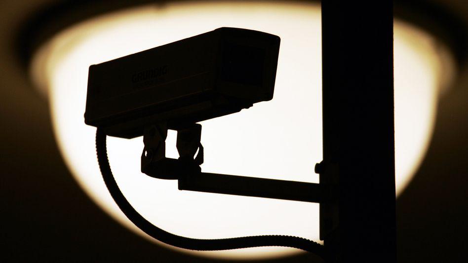 Videoüberwachung: Kameras am Arbeitsplatz können zu Entschädigungen berechtigen
