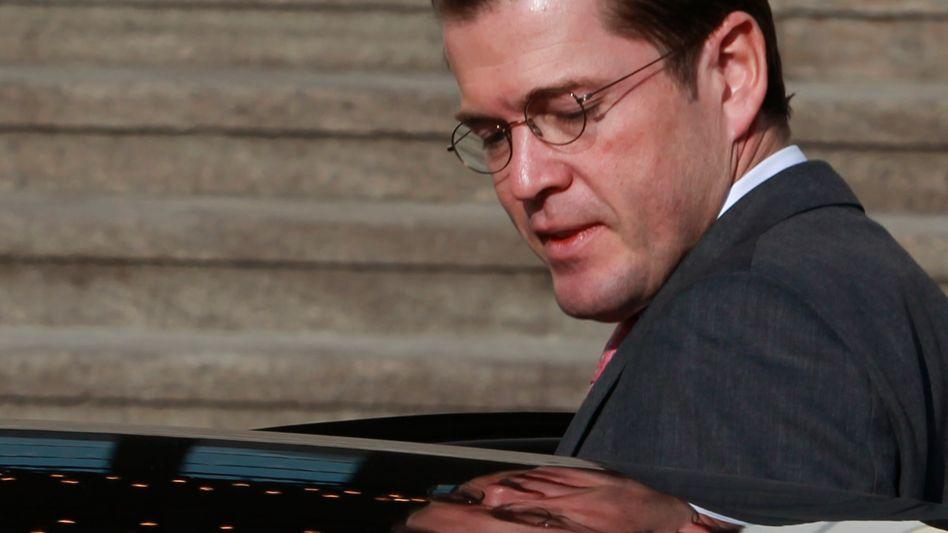 """Karl-Theodor zu Guttenberg: """"Ich möchte mich aufrichtig entschuldigen"""""""