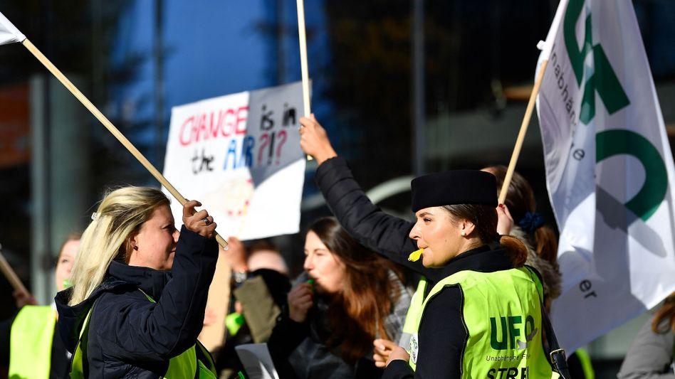 Streikende Gewerkschaftsmitglieder