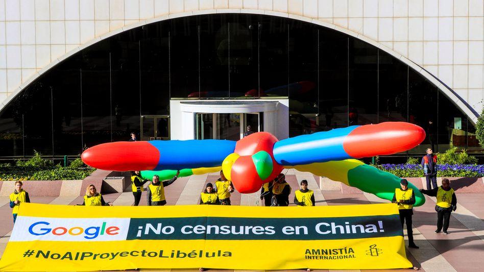 Protest von Amnesty International gegen Googles Projekt Dragonfly