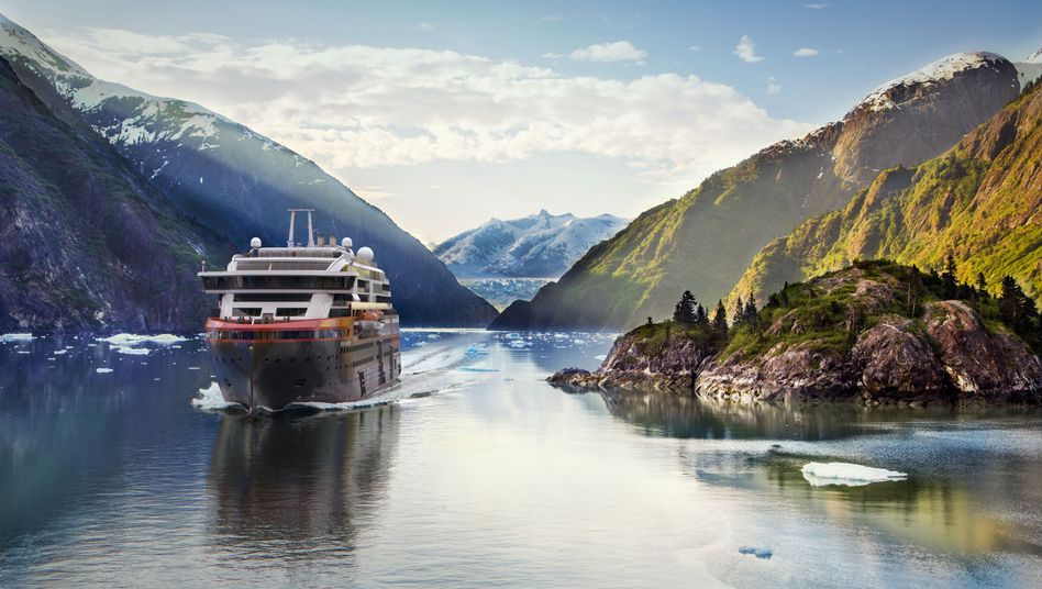 "Expeditionsschiff MS ""Roald Amundsen"" (Illustration)"