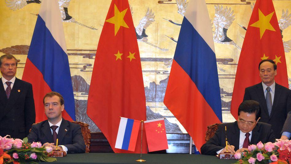 Regierungschefs Medwedew, Hu: Russische Maschinenbauer tun sich in China schwer