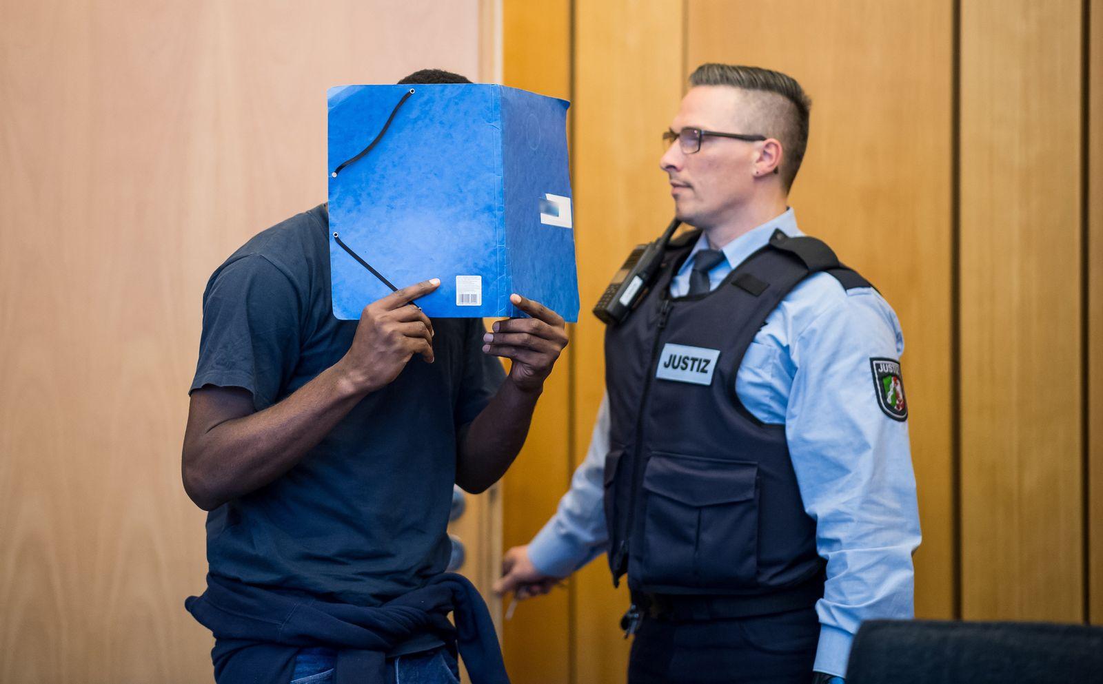 Urteil im Mordprozess einer erstochenen Flüchtlingshelferin