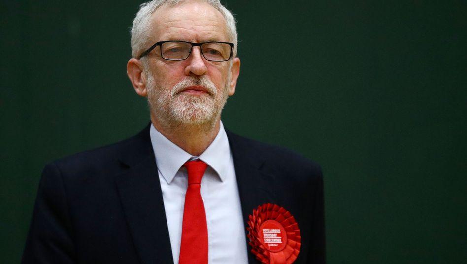Will wieder mehr auf die Basis hören: Noch-Labour-Chef Jeremy Corbyn