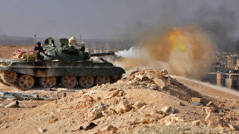 Gefechte nahe Deir al-Sor in Syrien (Archiv)
