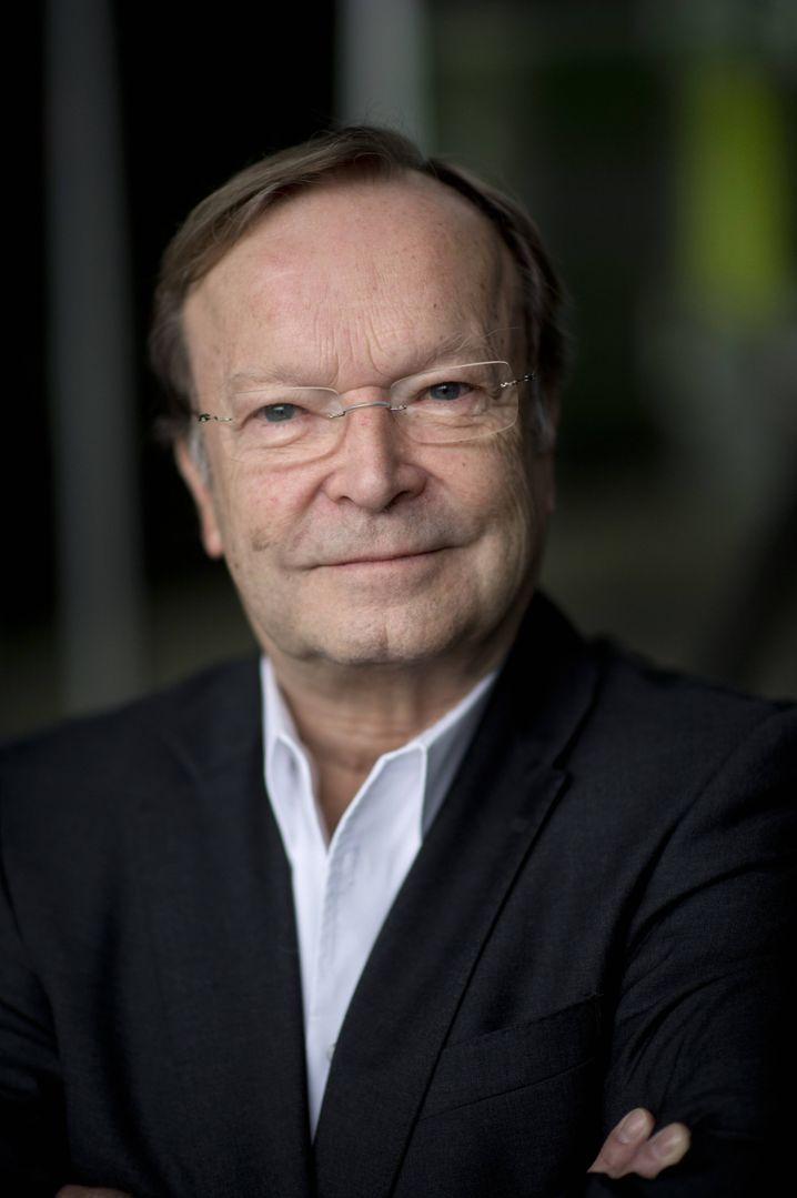 Blaha, 70, ist emeritierter Professor der Tierärztlichen Hochschule Hannover und seit 2007 Vorsitzender der Tierärztlichen Vereinigung für Tierschutz