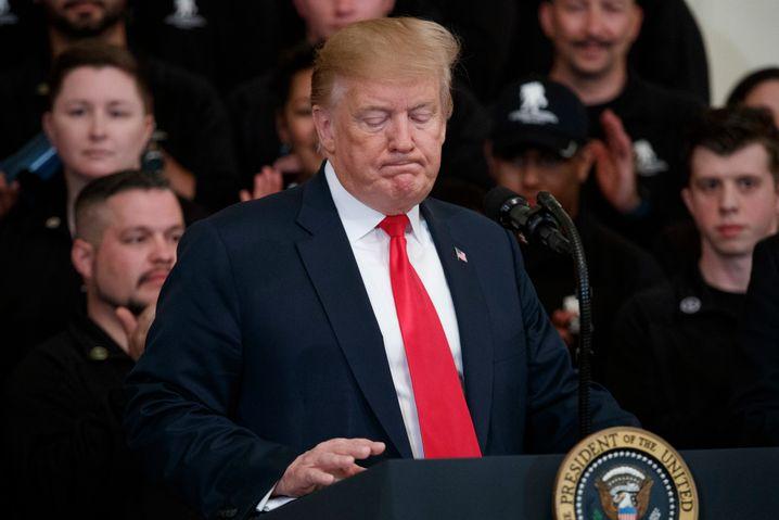 """Donald Trump am Tag der Veröffentlichung: """"unangemessener Einfluss"""" auf die Ermittlungen"""