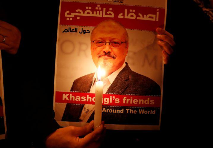 Ein Plakat in Gedenken an den getöteten Journalisten Jamal Khashoggi
