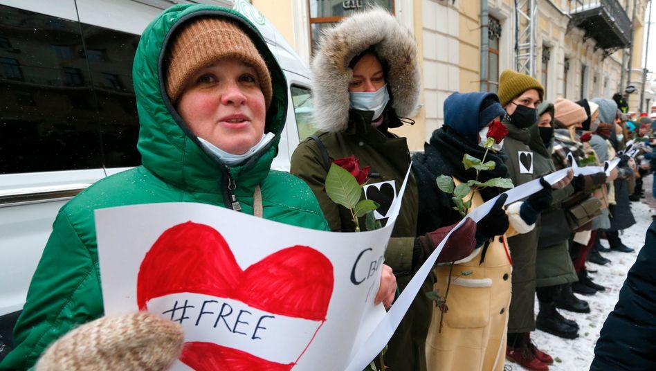 Mahnwache von Nawalny-Unterstützerinnen in Moskau