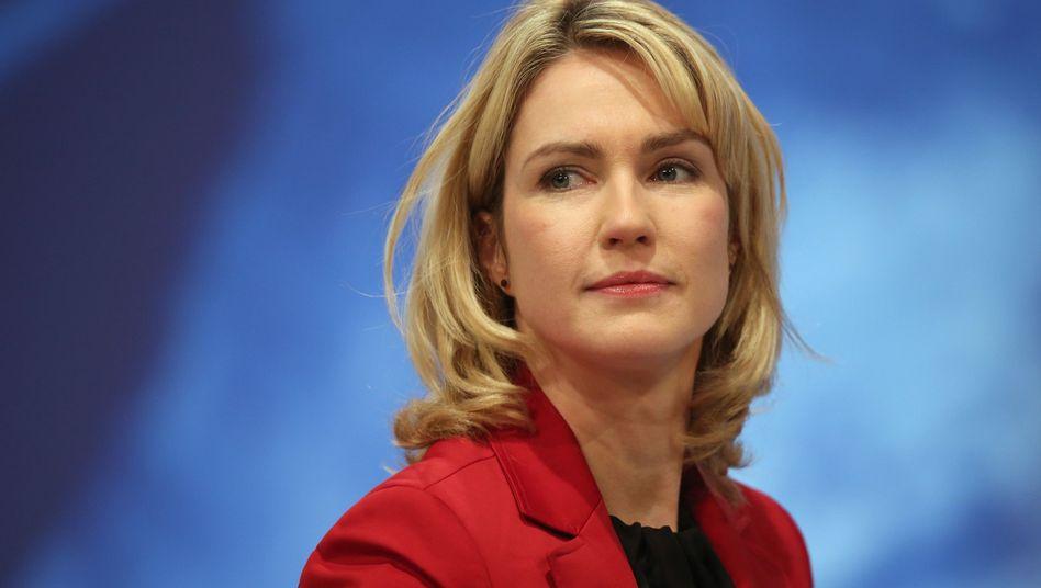 Familienministerin Schwesig: Warnung vor Wiederholungsgefahr