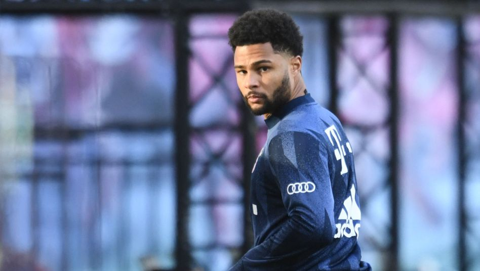 Serge Gnabry fällt gegen Paris Saint-Germain aus