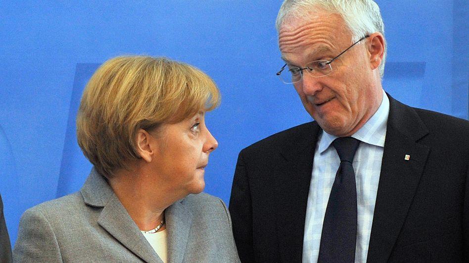 "Kanzlerin Merkel, Ministerpräsident Rüttgers (im November 2008): ""Gut unterstützt"""