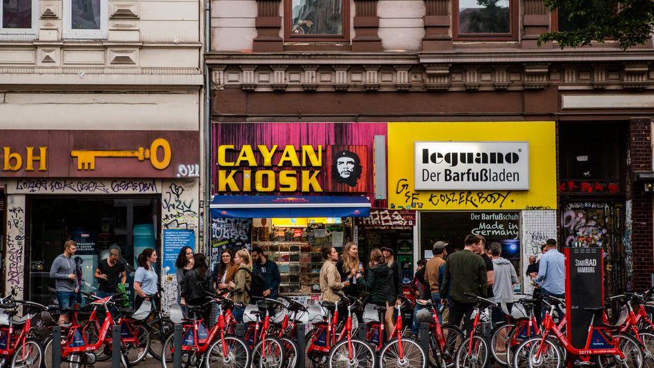 Cornern am Kiosk in Hamburg