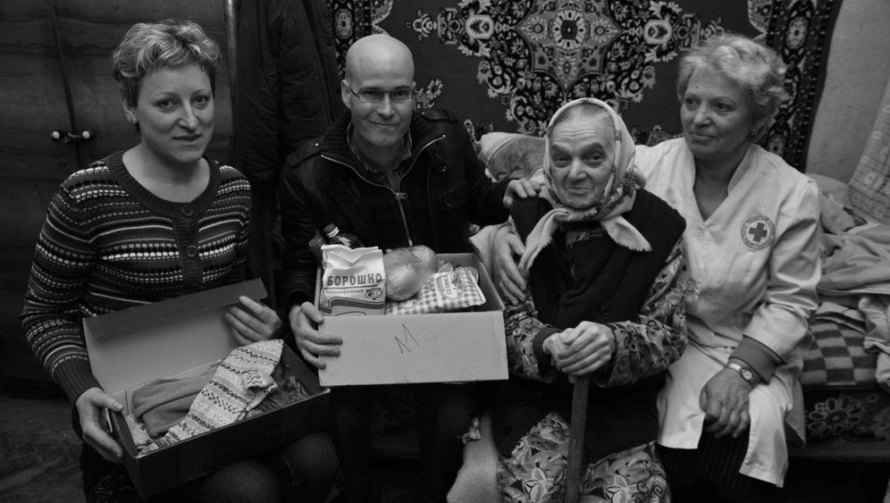 Seniorenarmut in der Ukraine: Medikamente für die Ärmsten