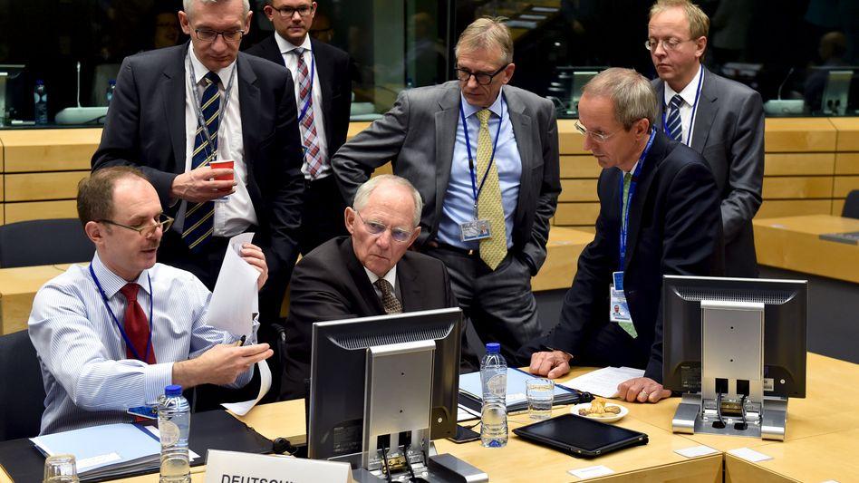 Wolfgang Schäuble in Brüssel: Massive Forderungen an Griechenland