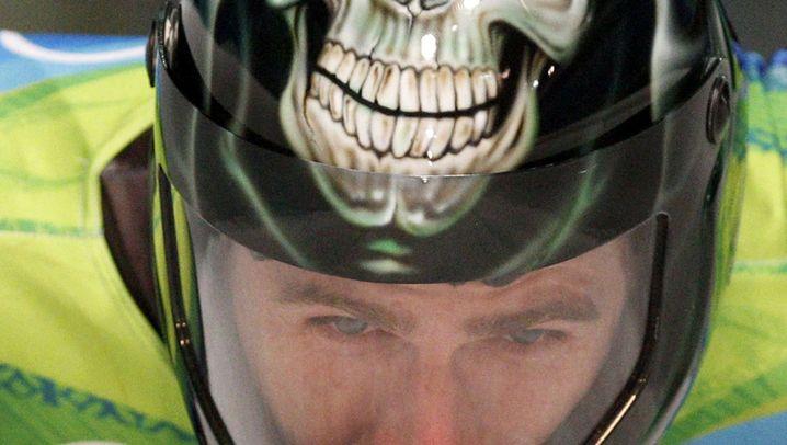 Olympisch verkleidet: Böse Helme, gemeine Outfits