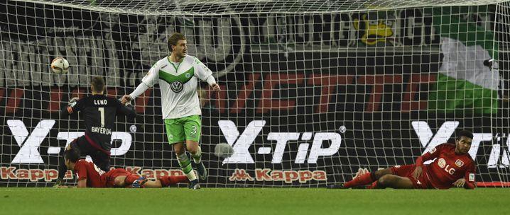 VfL-Stürmer Bendtner: War selbst überrascht, dass sein Tor zählte