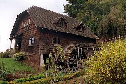 Holzhaus im Schwarzwaldstil: Deutscher Einfluss ist der Gegend von Puerto Montt bis heute anzusehen