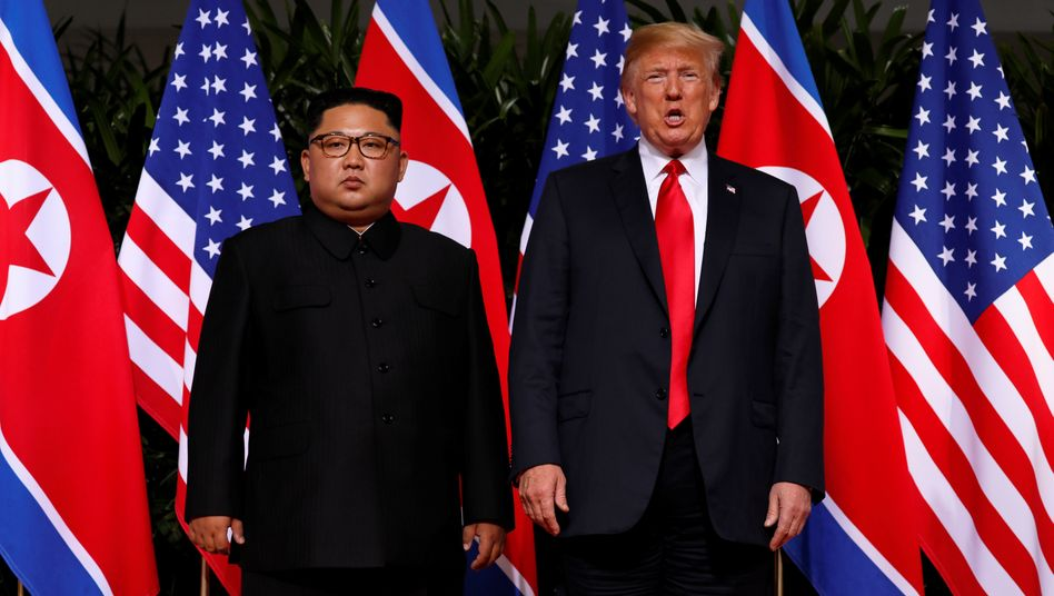 Trump mit Kim Jong Un im Juni 2018