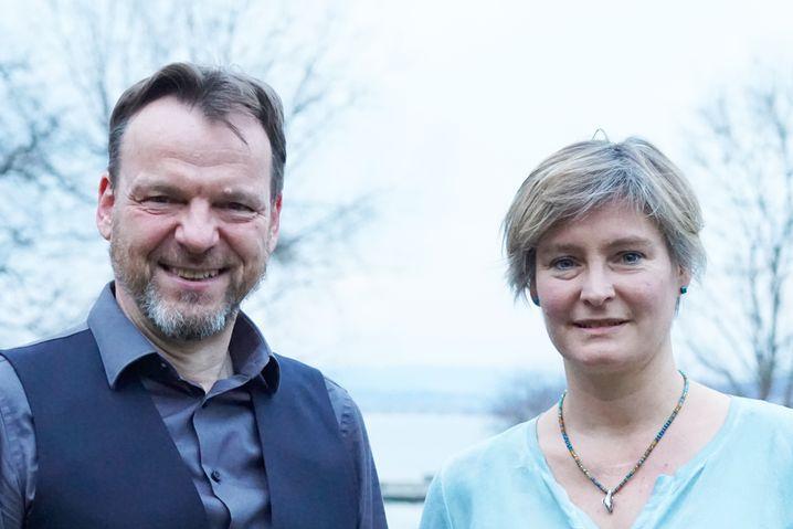 Taucher Kreiselmaier und Forscherin Behrmann-Godel