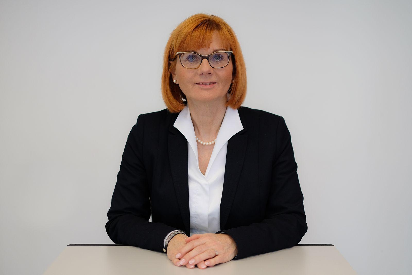 EINMALIGE VERWENDUNG Martina Fietz