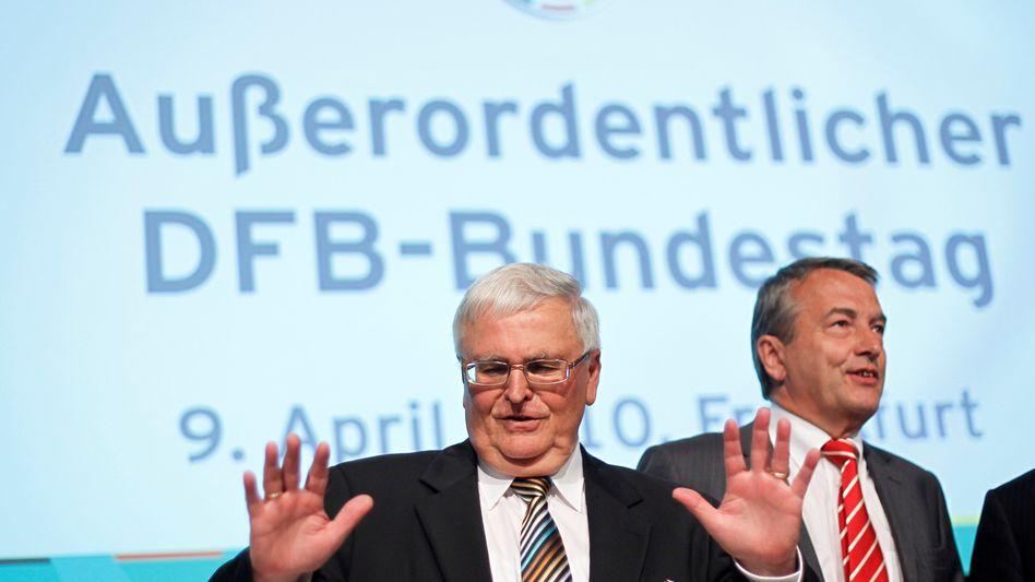 Theo Zwanziger, Wolfgang Niersbach (r., Archivbild)