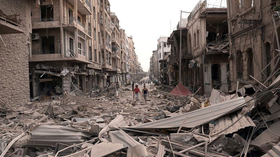 Verwüstete Gebäude in Aleppo: 34 Tote nach Bombenanschlägen
