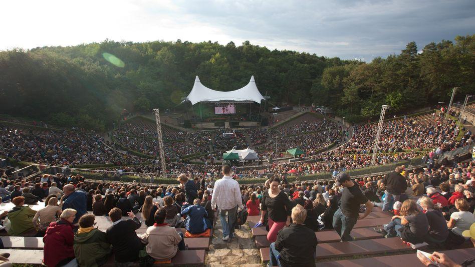 Konzert in der Berliner Waldbühne: Viele Zuschauer, viele Tests