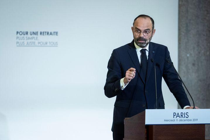 """Premier Edouard Philippe: """"Die Zeit der spezifischen Rentenregelungen geht zu Ende"""""""