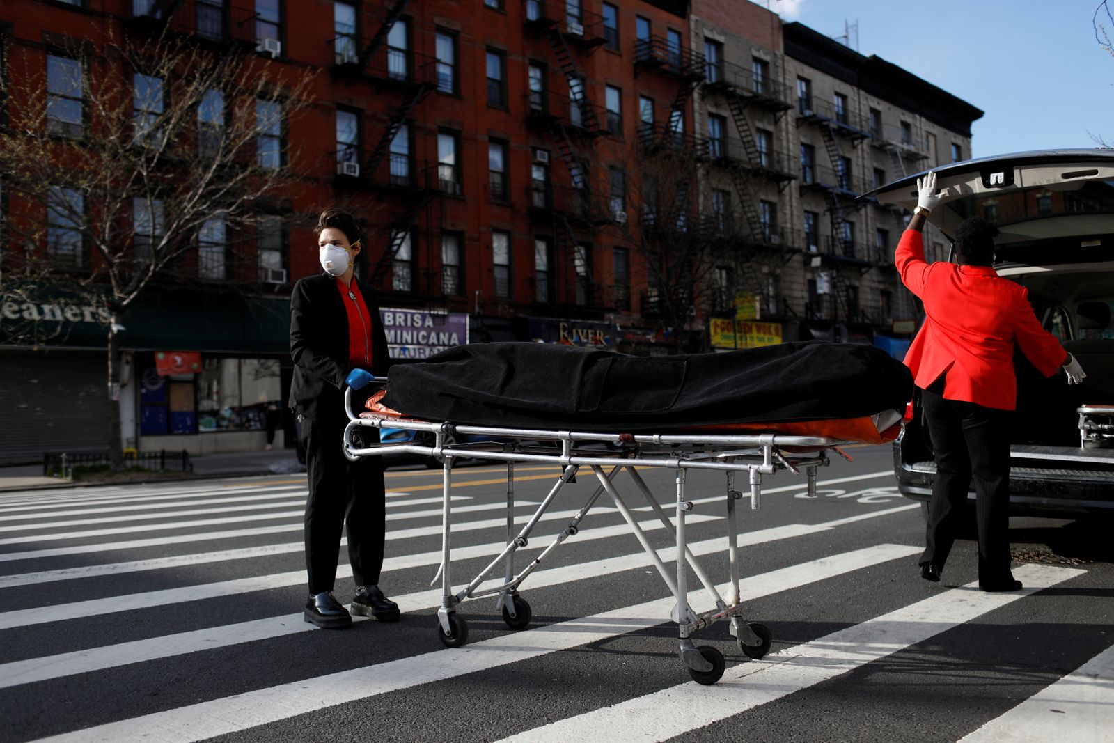 The Wider Image: Dealing with the dead: the female undertakers of Harlem