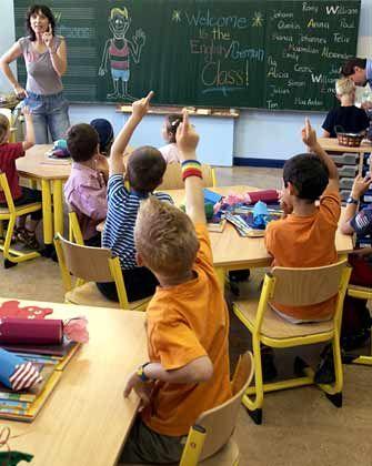 Arbeitsplatz Schule: Überall trommelten die Bundesländer in den letzten Jahren für den Lehrerberuf
