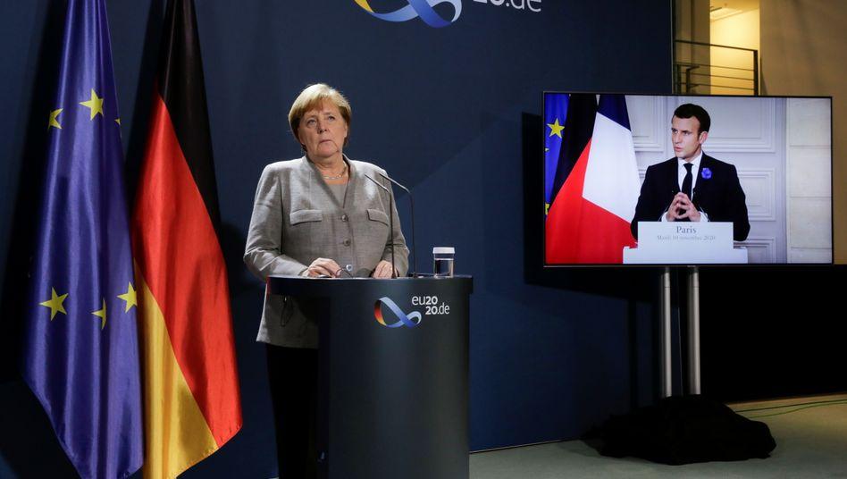 Bundeskanzlerin Merkel und Frankreichs Präsident Macron: Reformen für die Schengenzone, aber keine internen Grenzkontrollen