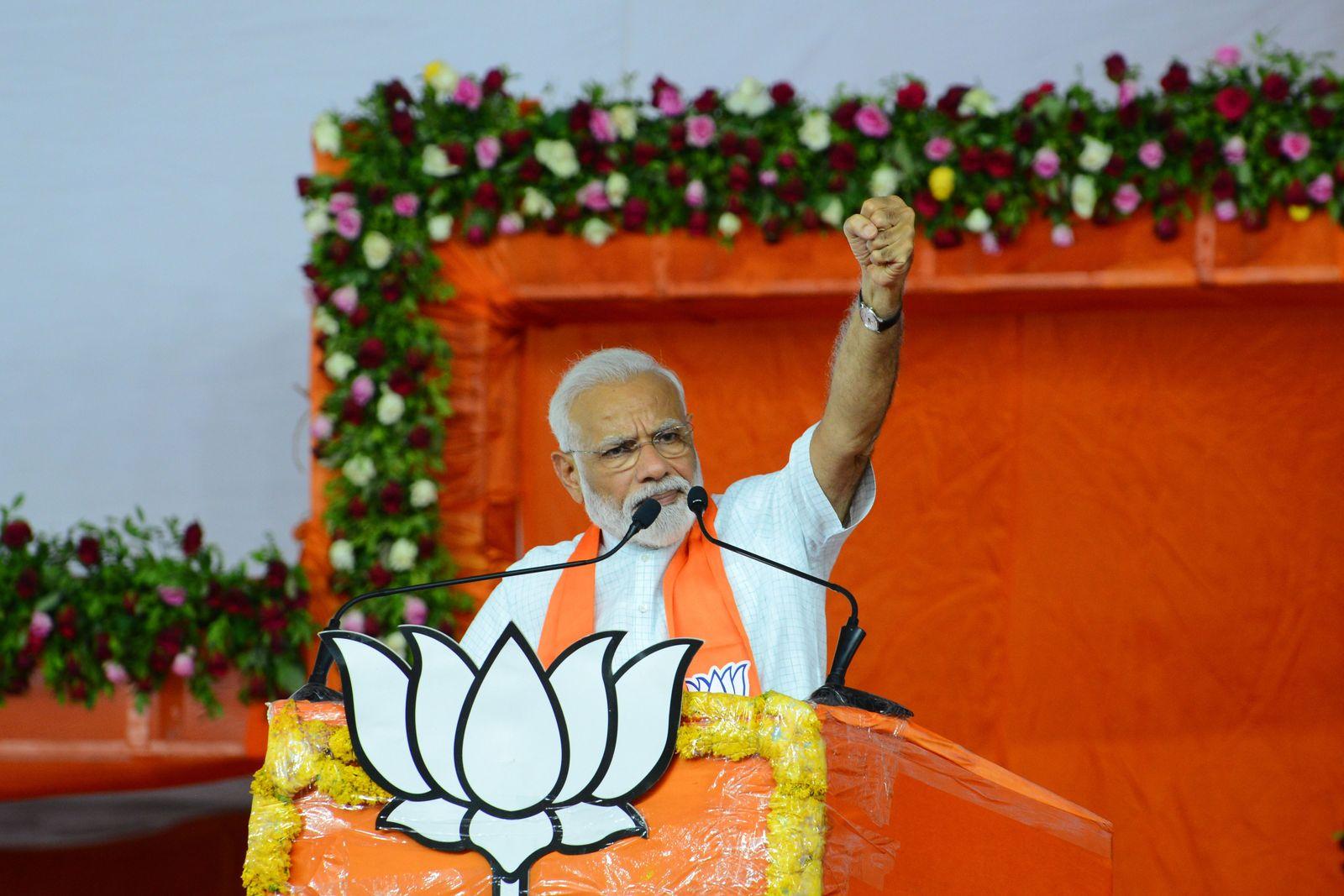 TOPSHOT-INDIA-POLITICS