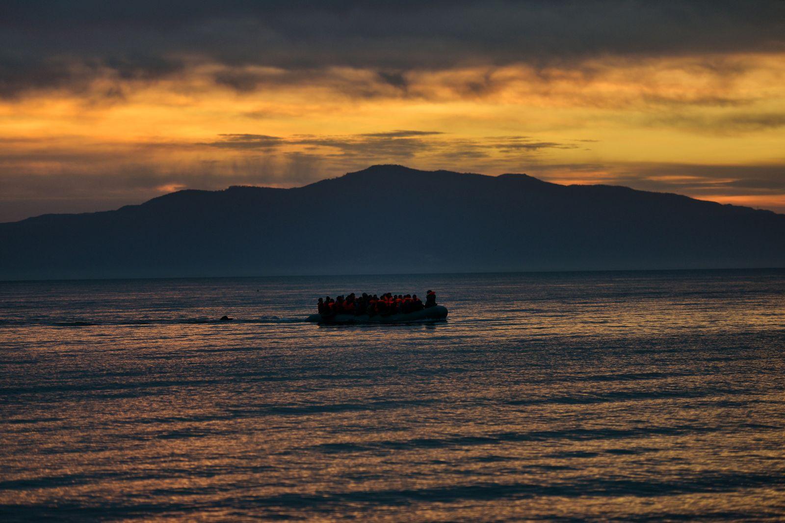 Schlauchboot/ Migranten