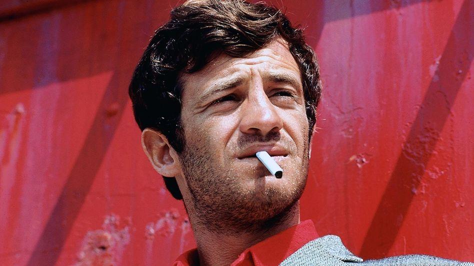 Der junge Jean-Paul Belmondo – mit Zigarette als Markenzeichen