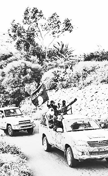 An IS convoy in the mountains near Derna