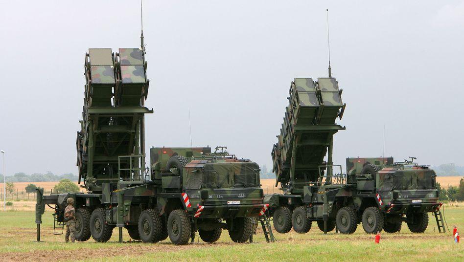 Patriot-Flugabwehrsystem (bei Bundeswehr-Übung im Jahr 2008): Genehmigung dürfte Diskussion um Rüstungsexporte befeuern