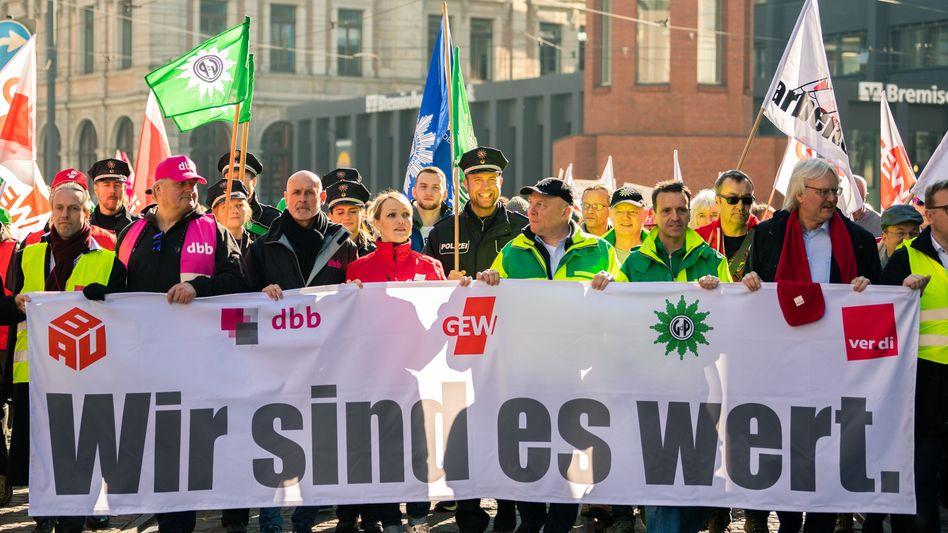 Warnstreiks im öffentlichen Dienst in Bremen (Archivbild)