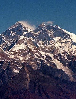 Sportreiseziel Everest: Kricketmatch auf dem Gletscher
