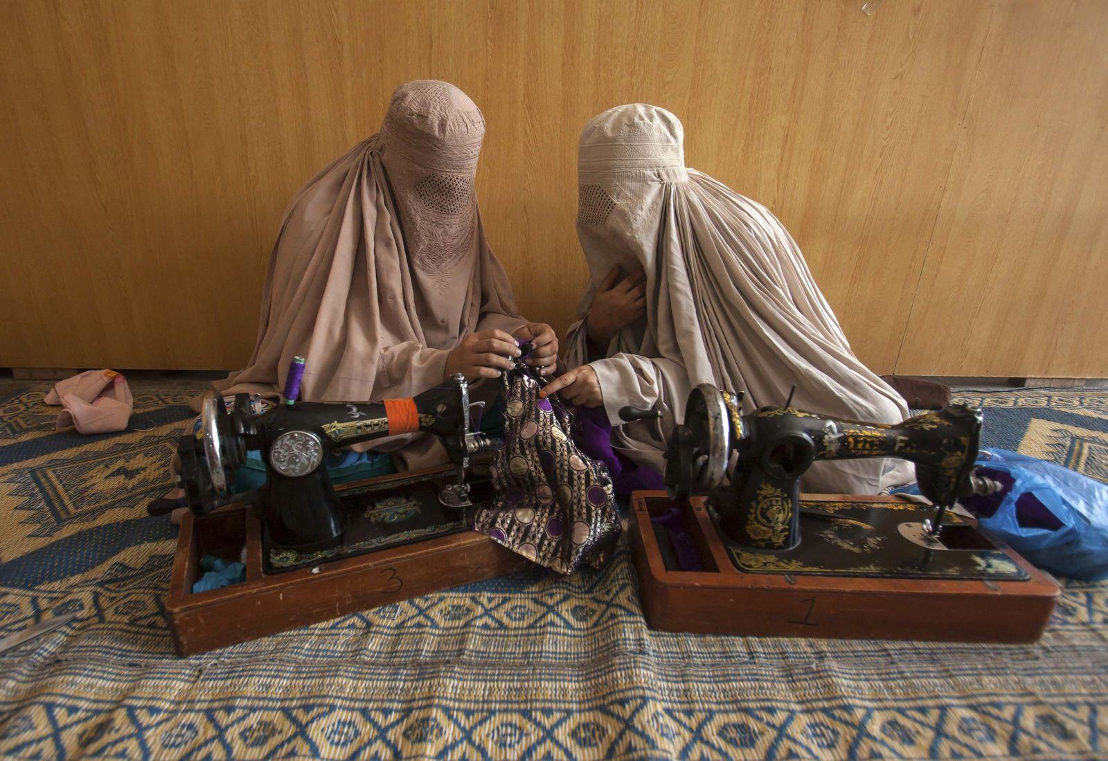 Pakistan Paschtuninnen Peschawar