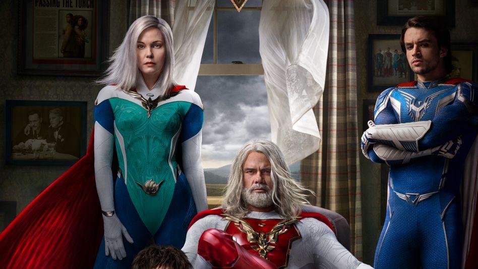 Netflix-Werbung für »Jupiter's Legacy«; Generationenkonflikt in der Superhelden-Dynastie