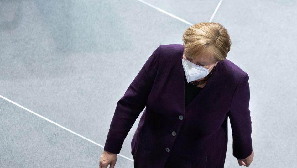 Kanzlerin Angela Merkel: Drei Pakete für mögliche Öffnung