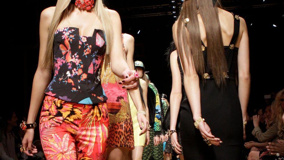 Versace-Kollektion für H&M: Massenware auf dem Laufsteg